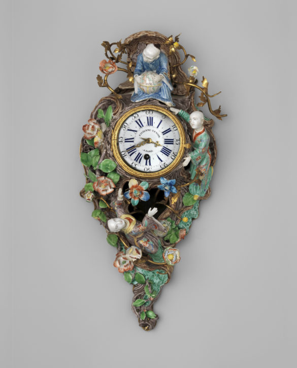 Chantilly porcelain clock, c. 1735-40. (Metropolitan Museum of Art: The Jack and Belle Linsky Collection, 1982, Inv. no. 1982.60.84)