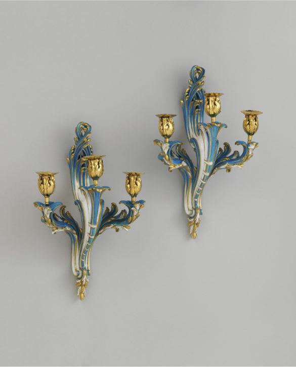Sèvres bras de cheminée, c. 1695-74. (Metropolitan Museum of Art: Gift of R. Thornton Wilson, in memory of Florence Ellsworth Wilson, 1954, Inv. no. 54.147.20a-d)
