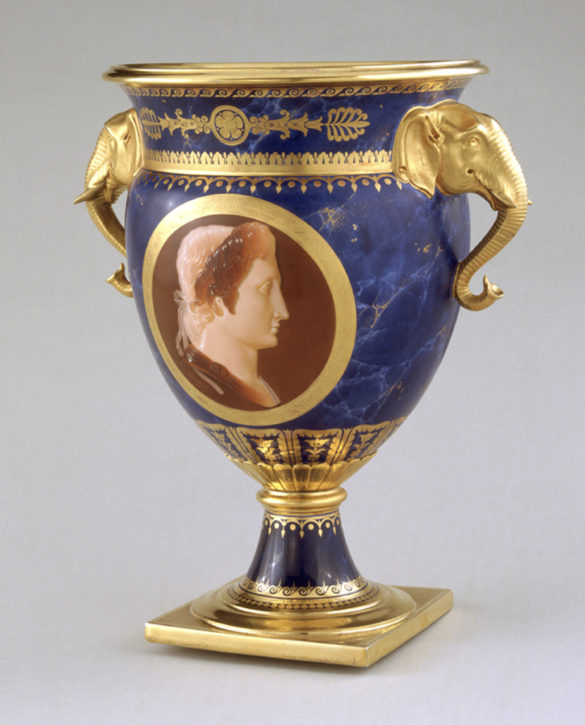 Sèvres ice-cream vase, painted by Jean-Marie Degault, 1814. (Amgueddfa Cymru-National Museum Wales, Cardiff, Inv. no. NMW A30050)