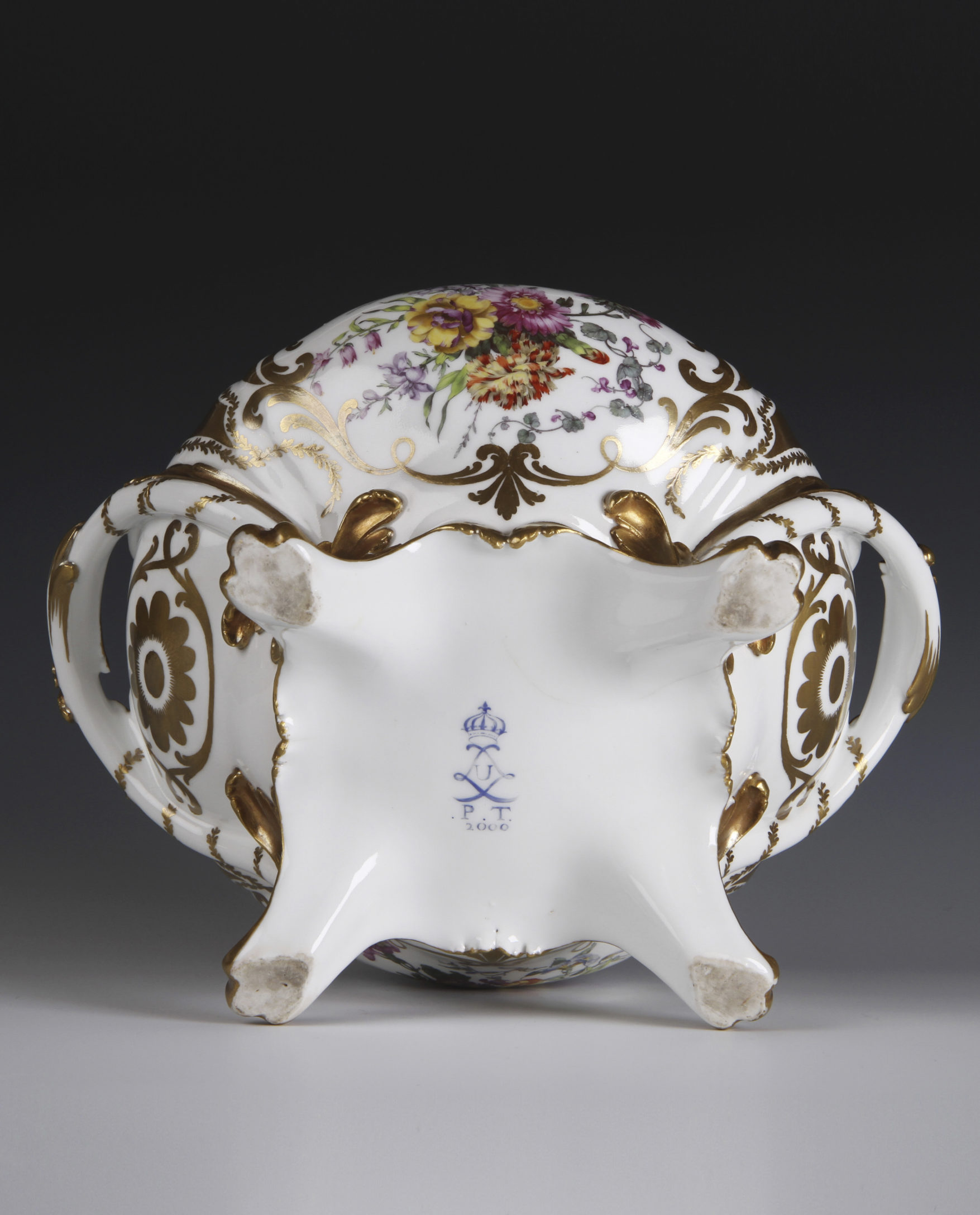 Detail from a tureen, 'pot à oeille et son couvercle', 1773. (Private Collection)